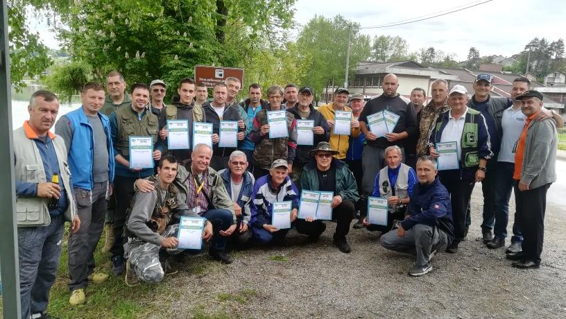 Održano takmičenje u lovu ribe na plovak - Sportsko
